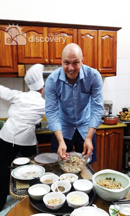 Cooking half-day tour in Hanoi with Chef Mai